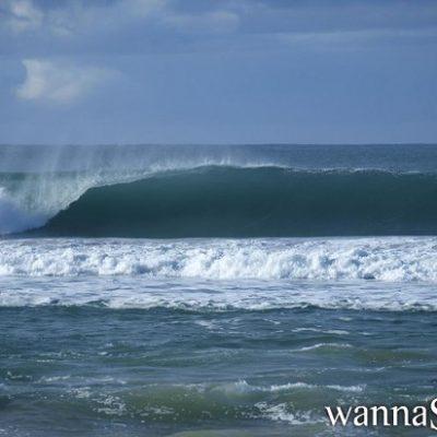 Bild einer Welle im Meer